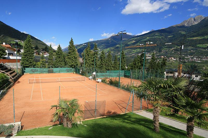 Tennisplatz in Dorf Tirol